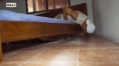 Debajo de tu cama por las noches